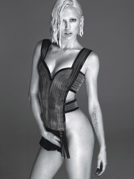 miley-cyrus-for-w-magazine-2
