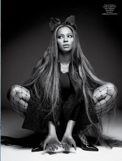Beyonce-for-CR-Fashion-Book-Issue-5-by-Pierre-Debusschere
